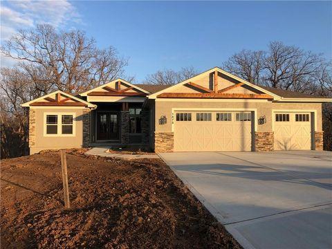 1472 Woodland, Greenwood, MO 64034