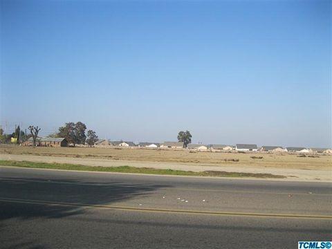 920 S Mooney Blvd, Tulare, CA 93274