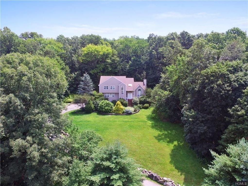 cortlandt manor single personals Browse our cortlandt manor, ny single-family homes for sale view property photos and listing details of available homes on the market.