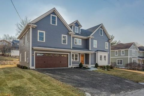 Photo of 19 Royalston Ave, Winchester, MA 01890