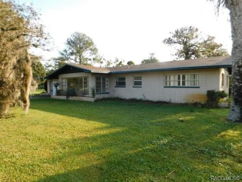Photo of 685 N Afterglow Cir, Crystal River, FL 34429