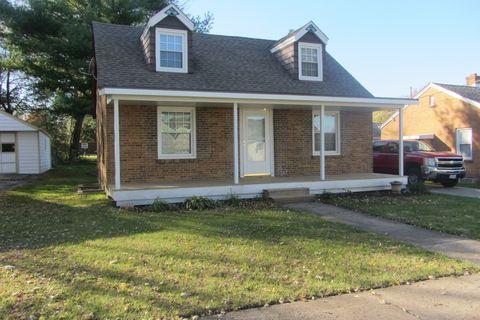 Photo of 225 Sabin St, Sycamore, IL 60178