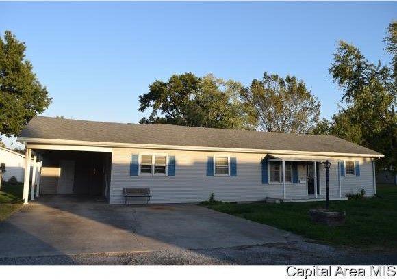 Rental Property Carlinville Il
