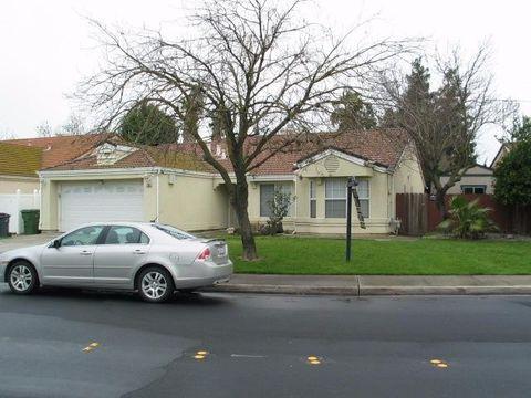 Photo of 1259 Joett Dr, Turlock, CA 95380