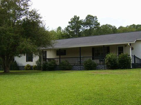 Photo of 373 Spring Rd, Ohatchee, AL 36271