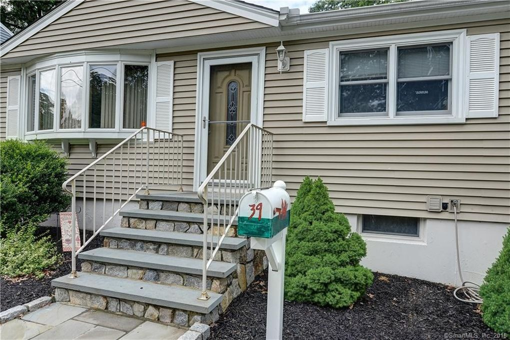 39 Beatrice Dr West Haven Ct 06516 Realtorcom