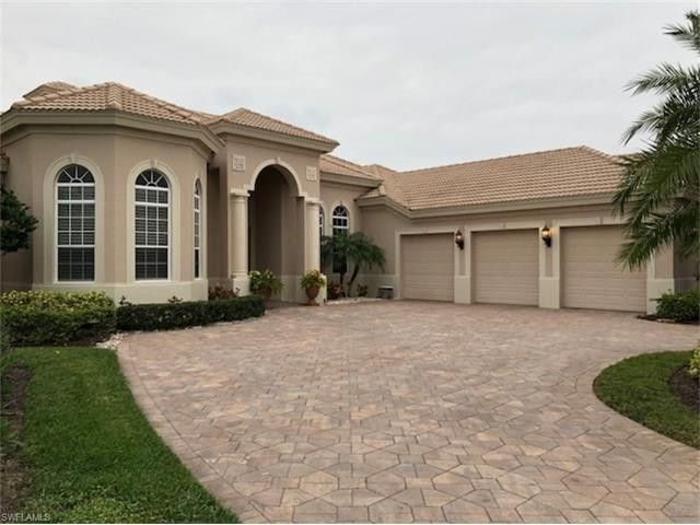 456 Terracina Way, Naples, FL 34119