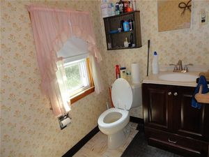 Bathroom Fixtures Hartford Ct 35 birdsview ave, new hartford, ct 06057 - realtor®