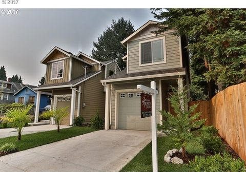 9463 N Buchanan Ave, Portland, OR 97203