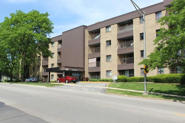 1133 s finley rd apt 314 lombard il 60148 for Lombard place