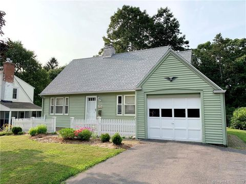 Photo of 93 Tanner St, Manchester, CT 06042