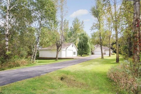 14254 214th Ave Nw, Elk River, MN 55330