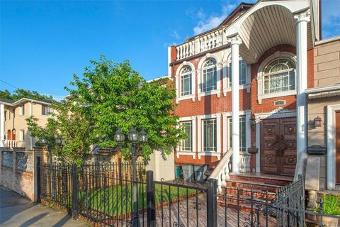 Forest Hills, NY Single Family Homes for Sale - realtor.com®