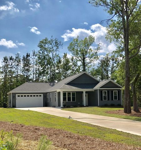 Photo of 105 Pine Ct, Bogue, NC 28584