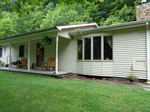 1837 Wilderness Rd, Oakwood, VA 24631