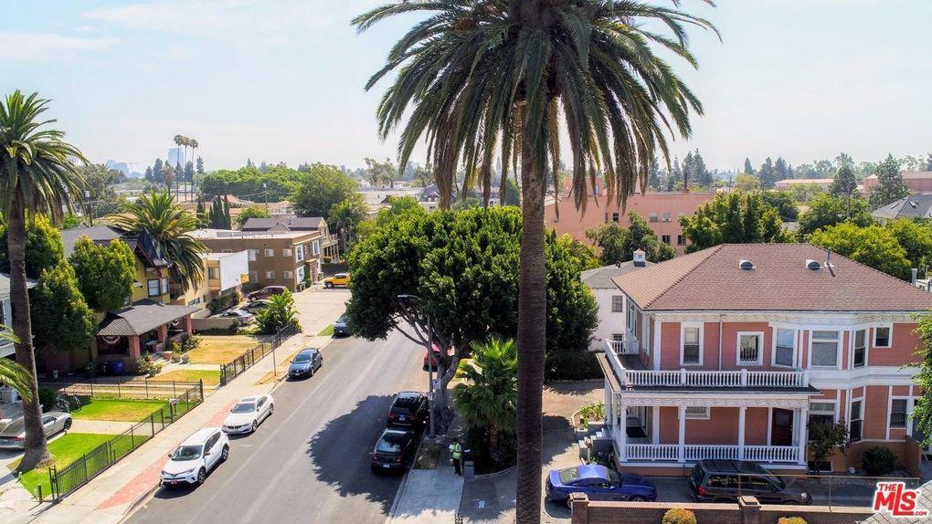 1200 W 29th St, Los Angeles, CA 90007