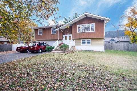 1044 Central Ave, Lakewood, NJ 08701