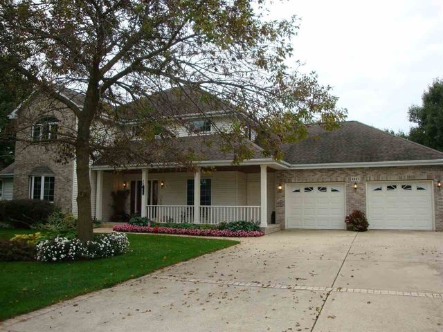 3221 Hemmingway Dr Janesville WI Home For Sale