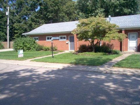 28 E South St, Bellbrook, OH 45305