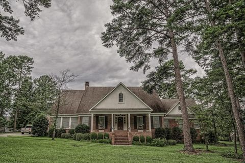 Photo of 20 Highland Ave, Monroeville, AL 36460