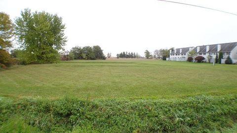 800 Greenlee St, Marengo, IL 60152