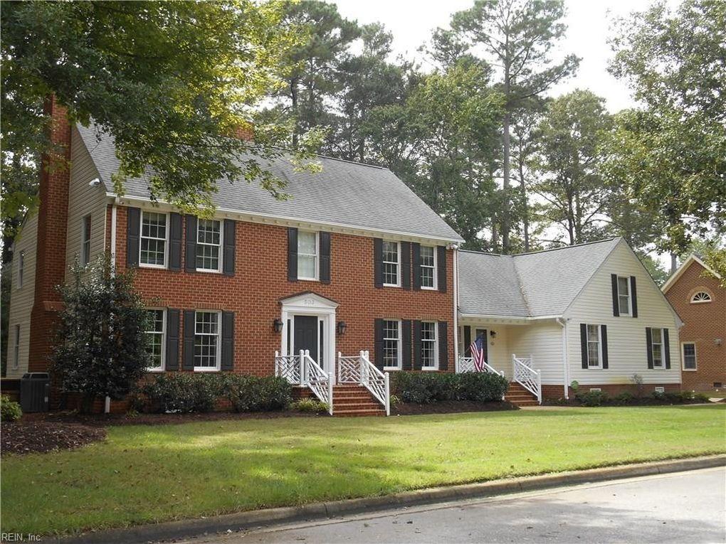 503 Country Club Ct, Chesapeake, VA 23322