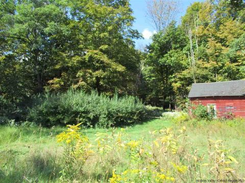 Photo of 92 Sheldon Hill Rd, Samsonville, NY 12461