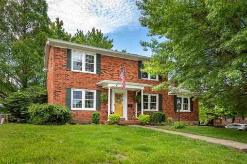 Photo of 1742 Mount Vernon Dr, Fort Wright, KY 41011