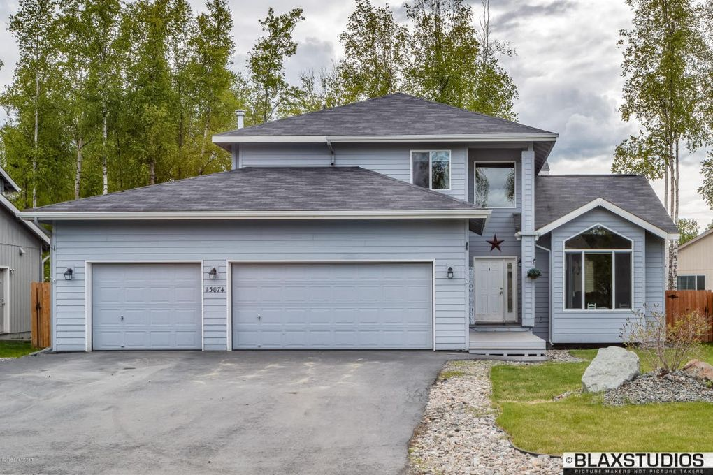 13074 Curry Ridge Cir, Eagle River, AK 99577