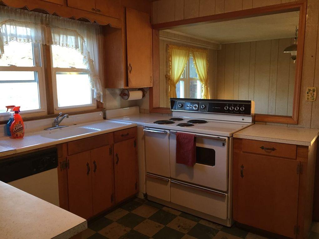 1258 Buck Shoals Rd, Gaffney, SC 29341