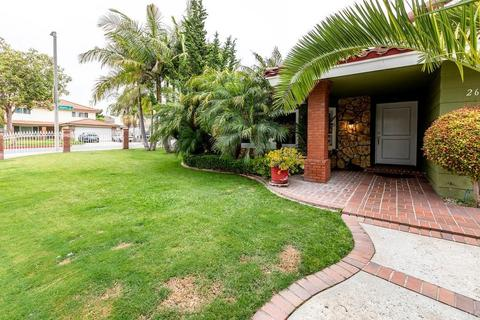 2617 S Center St, Santa Ana, CA 92704