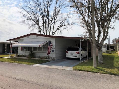 Enjoyable Page 2 New Port Richey Fl Mobile Manufactured Homes For Home Interior And Landscaping Mentranervesignezvosmurscom