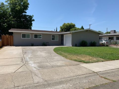 Photo of 3740 Floral Dr, North Highlands, CA 95660