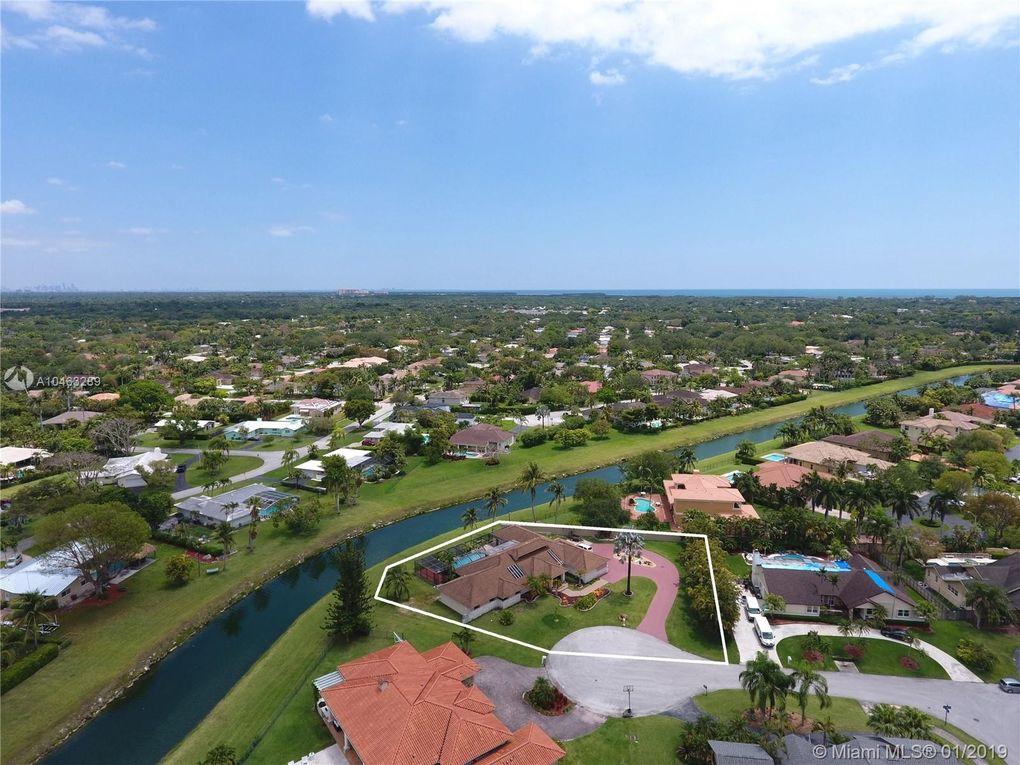16385 Sw 86th Ct, Palmetto Bay, FL 33157