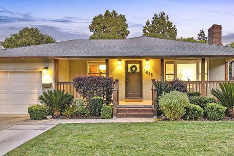 1056 Oakland Ave, Menlo Park, CA 94025