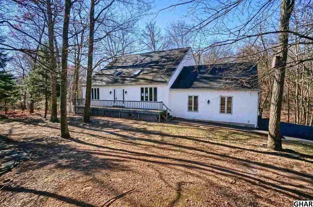 72 Lone Oak Dr, Marysville, PA 17053