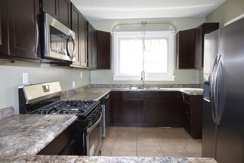Shawnee, Louisville, KY Real Estate & Homes for Sale - realtor.com®