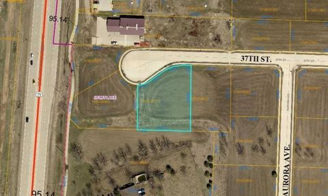503 S 9th St, Estherville, IA 51334