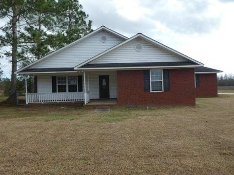 Photo of 101 Plum St, Glennville, GA 30427