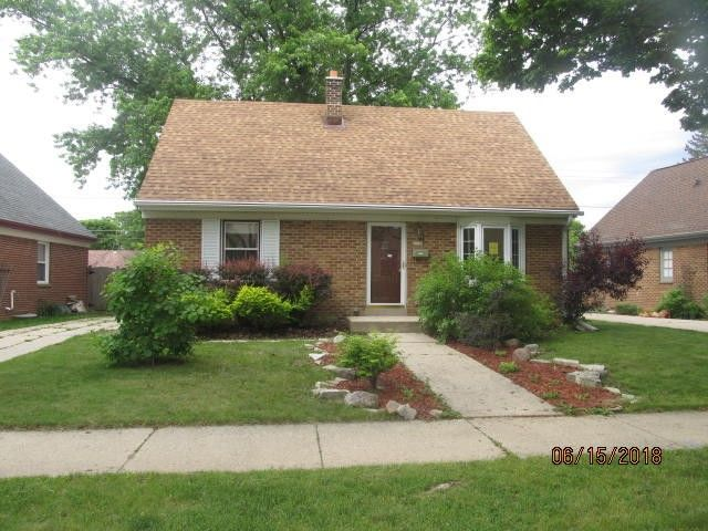 5029 W Fillmore Dr, Milwaukee, WI 53219
