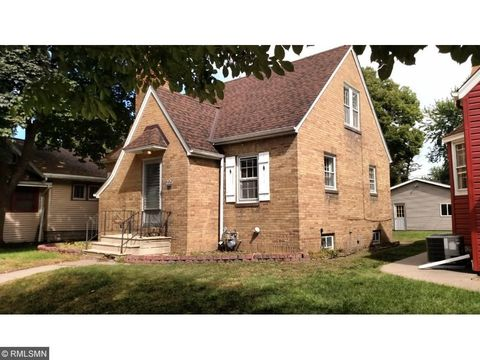 225 9th Ave S, South St Paul, MN 55075