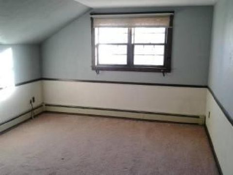 Photo of 30 Hobson St # 2, Fitchburg, MA 01420