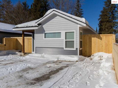 Photo of 1210 Spruce St, Sandpoint, ID 83864