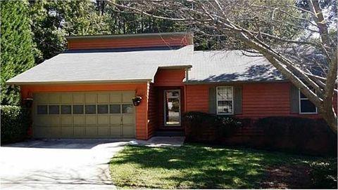 3928 Prestwick Ct, Snellville, GA 30039