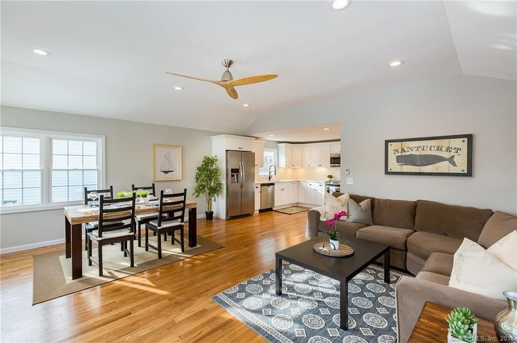 48 East Ave, Milford, CT 06460