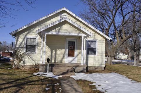 214 E 4th St, Ellinwood, KS 67526