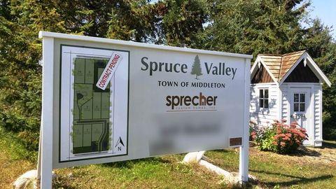L5 Spruce Valley Dr, Verona, WI 53593