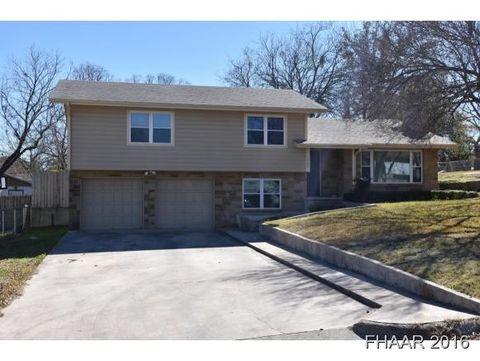 1308 W North Ave, Lampasas, TX 76550