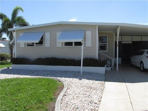 74 Gertrude St Fort Myers FL 33908
