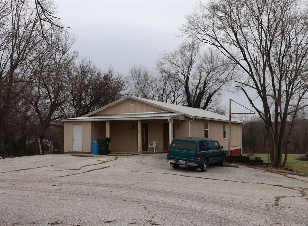501 Main St, Mineral Point, MO 63660